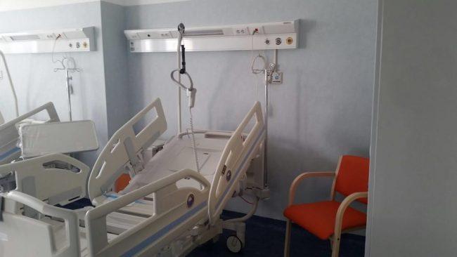 Concorso a primario del reparto fantasma di Reggio Calabria, M5S: «Scura vada via»