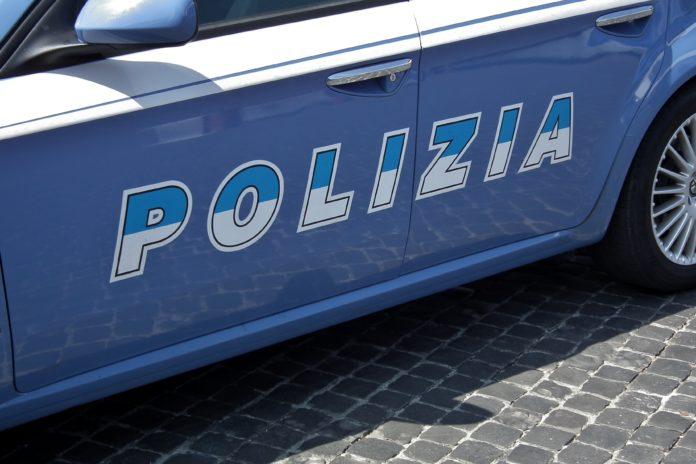 Importano auto tedesche senza pagare Iva, tre denunciati nel Cosentino
