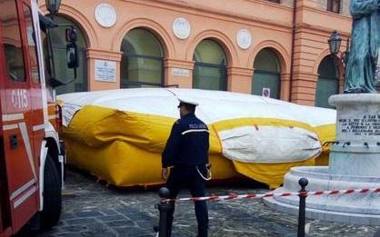 Corigliano Rossano: operai licenziati sul tetto del Municipio