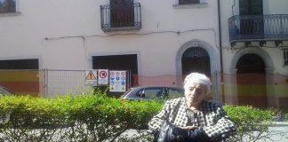 Trecchina, dove i disagi del terremoto durano da un ventennio: zia Fifina ancora senza casa