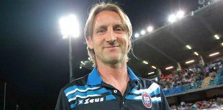 Il Crotone si salva, l'allenatore Davide Nicola mantiene promessa e avvia tour in bici fino a Torino