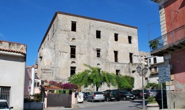 Scalea (Cs)   Questa sera a Palazzo Spinelli un dibattito sulla massoneria: sarà presentato il libro sulla figura di Oreste Dito