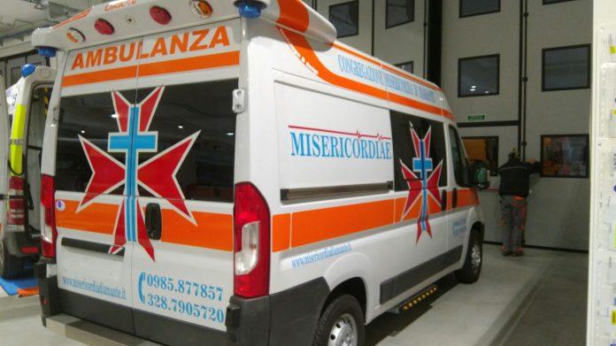 Misericordia di Diamante, Oliva: «Squarciate le ruote delle nostre ambulanze»