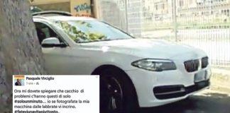 Sosta selvaggia, consigliere contro i disabili: «Se fotografate la mia auto vi picchio»