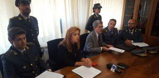 Appalti al Comune di Cosenza, sospetta corruzione e abuso d'ufficio: quattro indagati