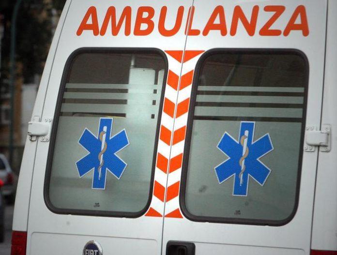 Scontro tra auto nel Cosentino, morto quarantaduenne