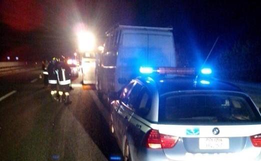 Amantea, all'alba un furgone ha investito e ucciso 28enne sulla ss18