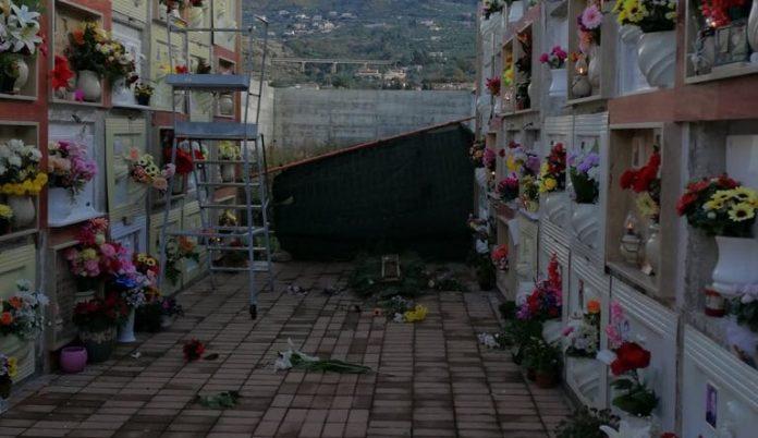 Praia a Mare, il dolore delle mamme: «I nostri figli al cimitero in condizioni pietose»