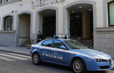 Reggio Calabria: tenta scippare donna anziana, arrestato minore