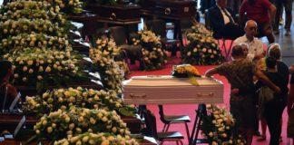Crollo del ponte di Genova: il bilancio sale a 41 morti, oggi i funerali di Stato