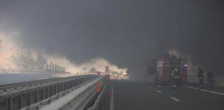 Bologna: rogo ed esplosioni dopo incidente, 2 morti e 55 feriti