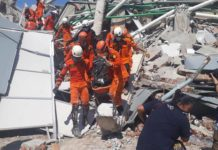 Indonesia, bilancio si aggrava: oltre 830 morti per il terremoto